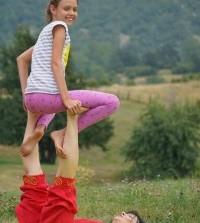 С 6 сентября каждое воскресенье в 08.45 семейная йога Родитель+Ребенок